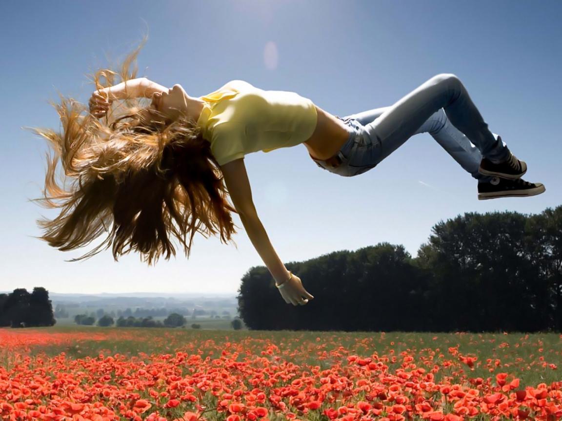 Смотреть как девочка прыгает на члене порно 1 фотография